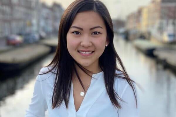 Mei Li van den Berg, onze nieuwe stagiaire, stelt zich voor